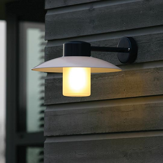 Norma Wall Light